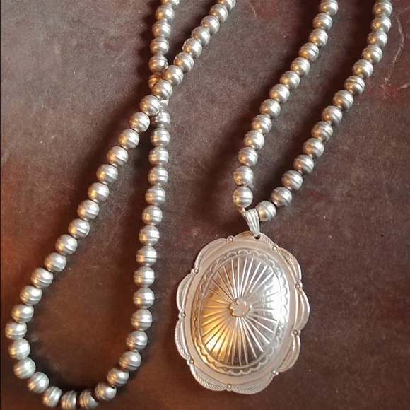 Vintage Navajo Pearls With Sterling Concho